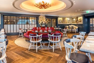 premium-gastronomy-weslodge-saloon